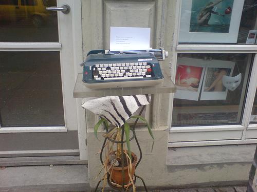 Hemos roto la maquina de escribir.